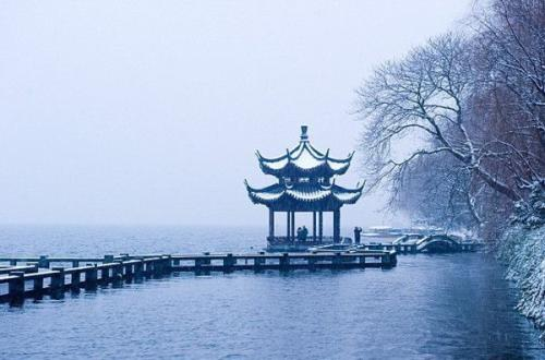 West Lake in Hangzhou is re-opening today!